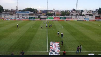 Photo of Chacarita 0 – Independiente (Mendoza) 2: Un equipo desal(r)mado